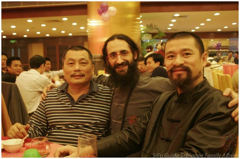 SiFu Schioppa con il suo Maestro Wong Nim Yi ed il suo Si Bak (Cina, Fatshan)